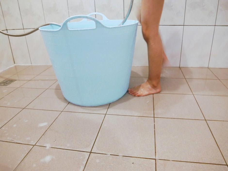 [啾團] 阿澀防滑劑有老人小孩超需要!不用貼不怕醜醜.還能避免浴室中滑倒問題(磁磚止滑劑.浴室止滑劑)